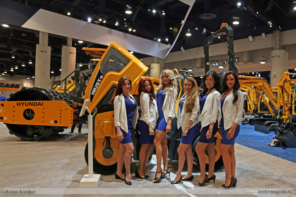 Выставка CONEXPO-CON/AGG 2017: Стенд компании Hyundai Construction Equipment